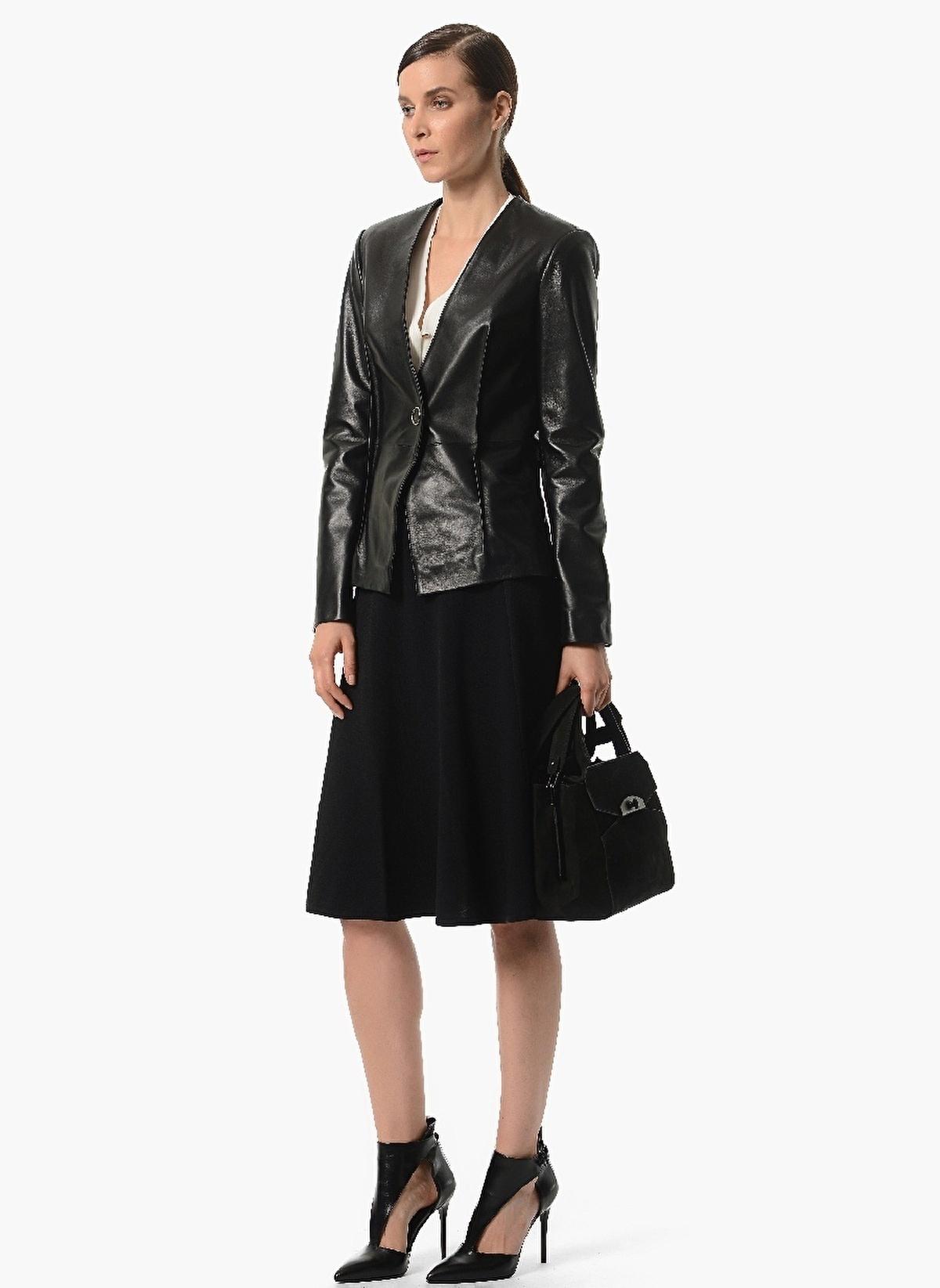 LTB kadın, erkek ve çocuk giyim ürünlerini satın alabileceğiniz resmi online alışveriş sitesidir.
